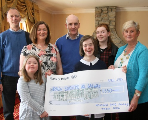 McDermot family and the Monivea Good Friday Table Quiz Group presented us with a cheque for €1,550.
